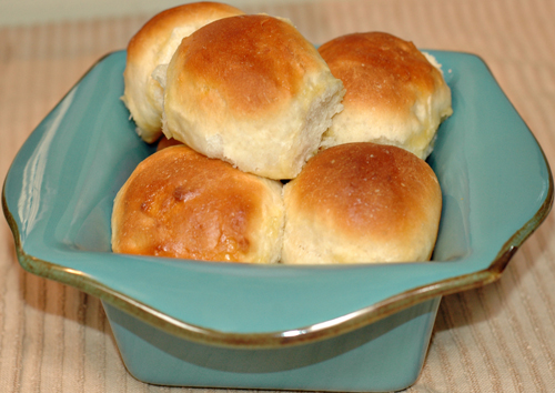 Best Dinner Rolls - Soft and Sweet Bread