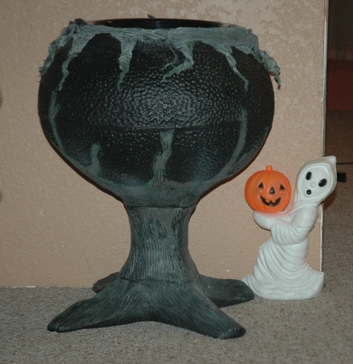 Witch's Cauldron from Spirit Halloween