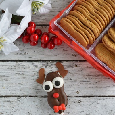 Christmas Reindeer Cookie Pops