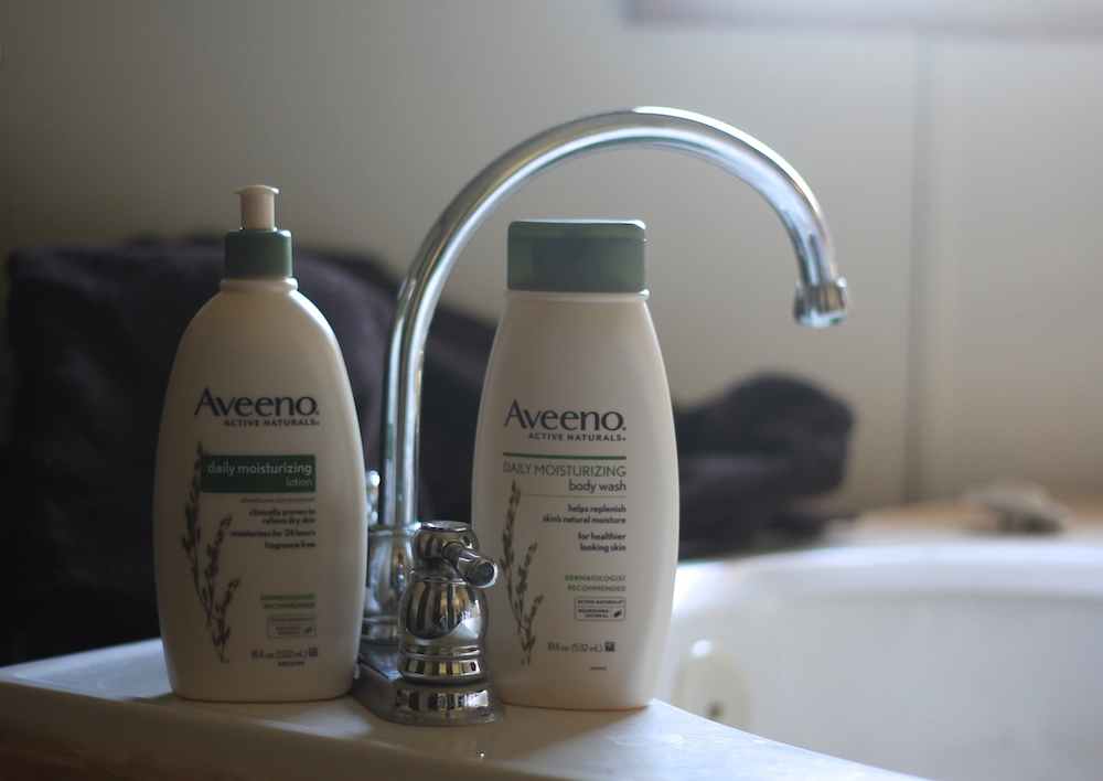 AVEENO Daily body wash and lotion