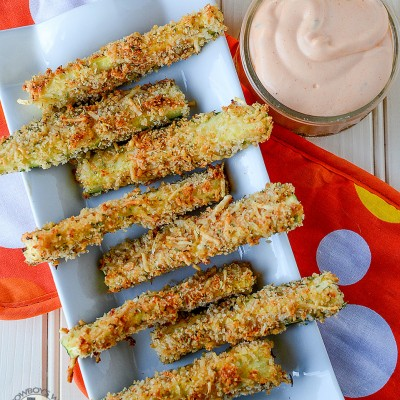 Baked Zucchini Sticks with Spicy Buffalo Dip