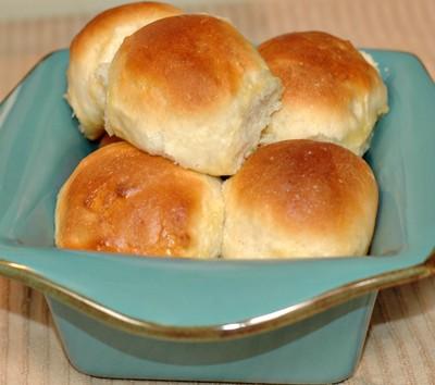The Best Dinner Rolls – Soft, Sweet Bread!