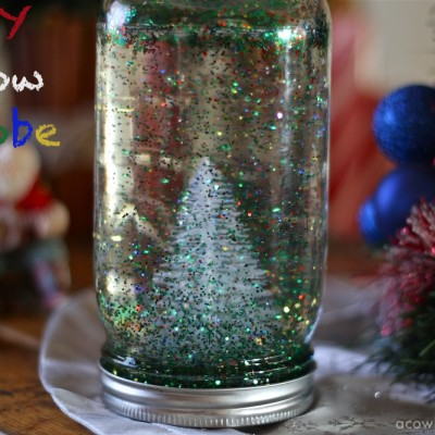 Easy Christmas Craft for Kids – DIY Snow Globe