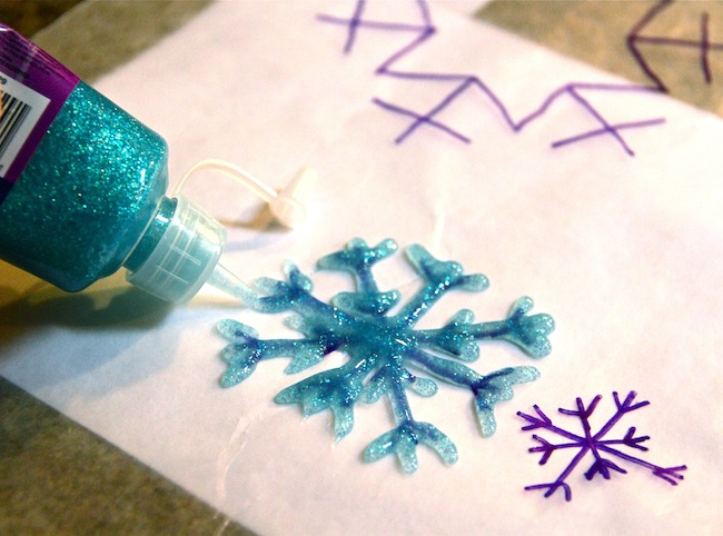 snowflake tempate with glitter glue