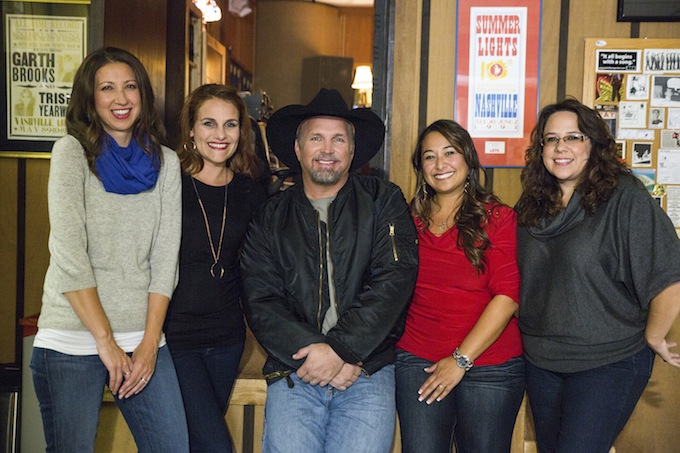 Garth Brooks with Walmart Moms