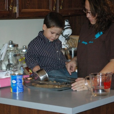 Learning Tower Giving Toddlers a Way to Help in Kitchen Safely