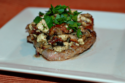 Steaks with Mushroom, Blue Cheese & Frizzled Shallots