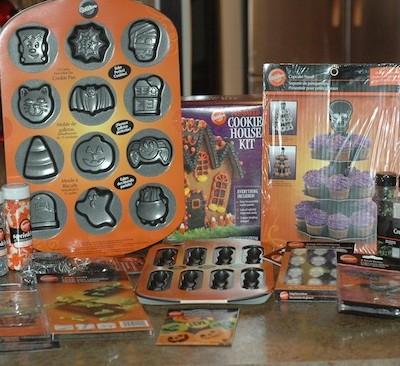 Spooktacular Wilton Giveaway!