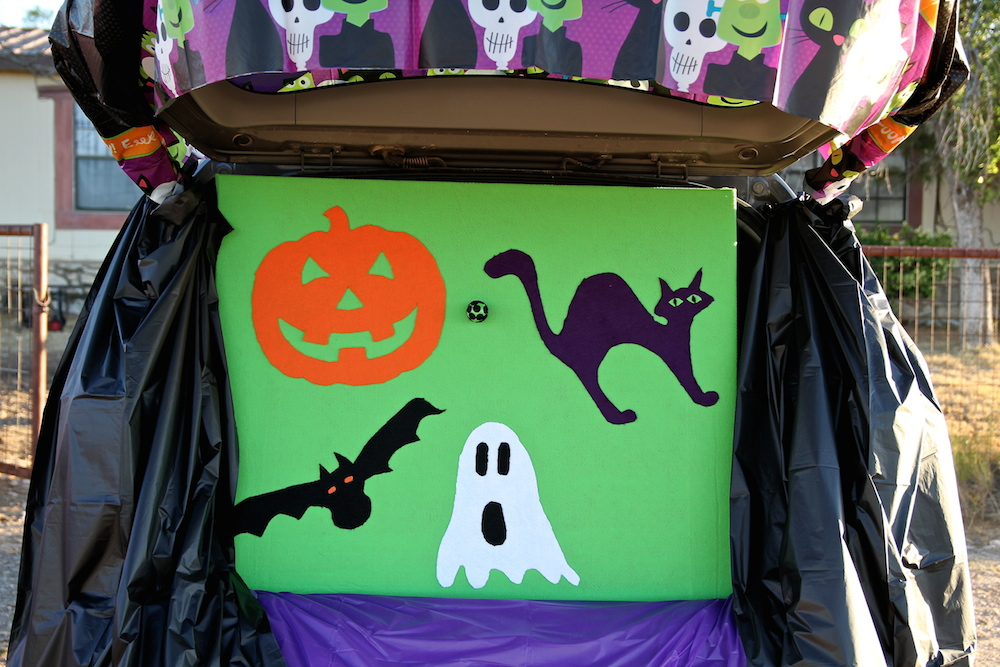 trunk or treat game felt board