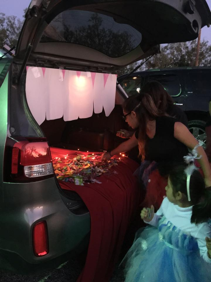 trunk or treat mouth car