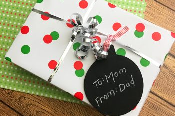 DIY Christmas Chalkboard Gift Tags