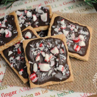 Christmas Treats – Chocolate & Peppermint Grahams