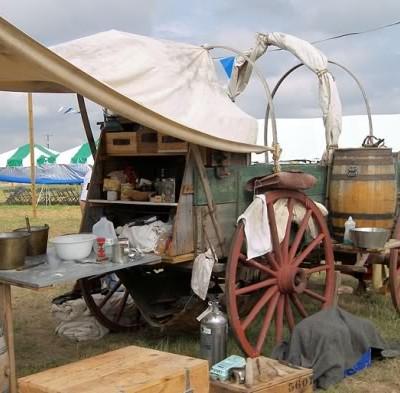 Cowboy Cookin' – Chuck-Wagon Style