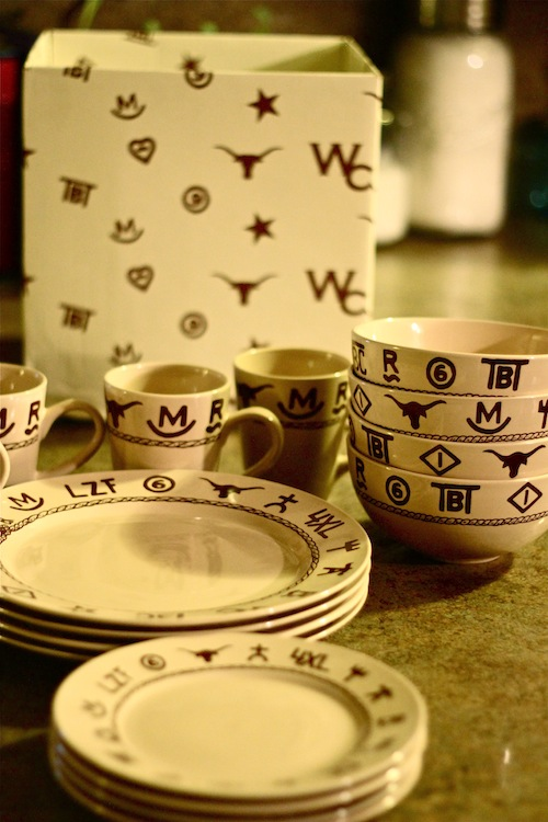 Brands Dinnerware. At Lone Star ... & Lone Star Western Decor - Branded Dinnerware #ACWGG - A Cowboyu0027s Wife