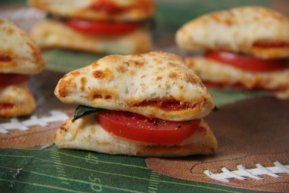 Double Slice Caprese Pizza Bites.2
