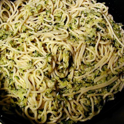 Garlic-Zucchini Pasta