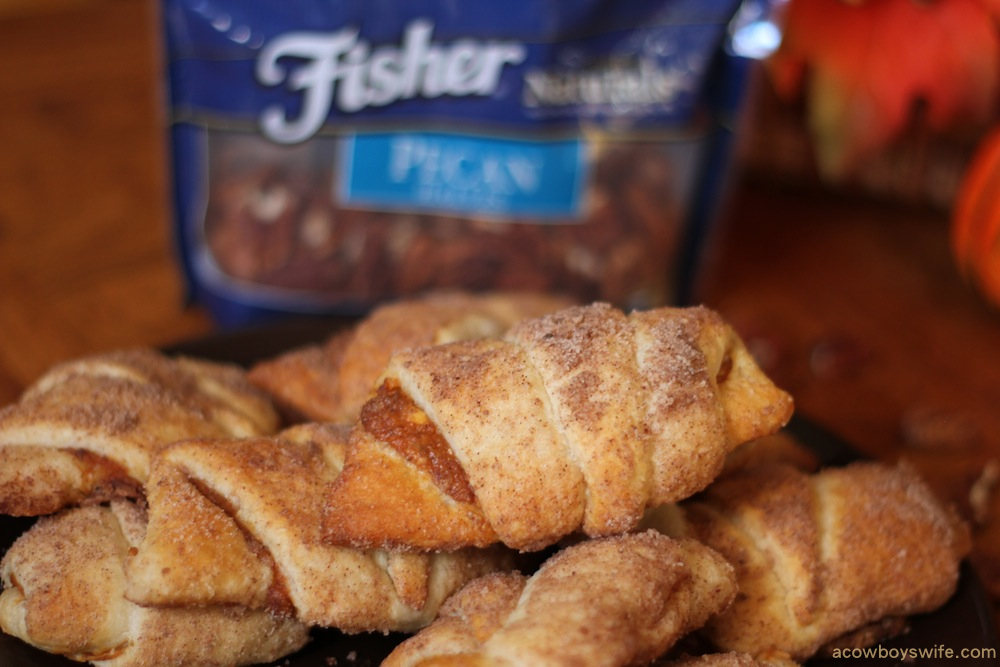 pecan crusted pumpkin rolls using Fisher Nuts