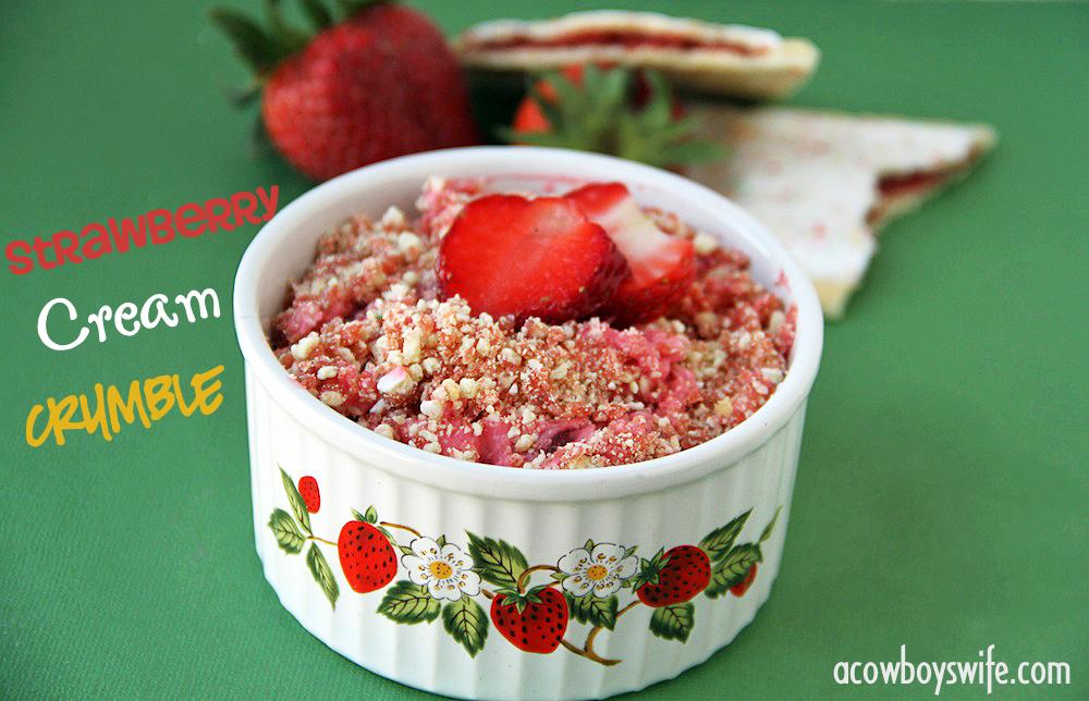 StrawberryCreamCrumble
